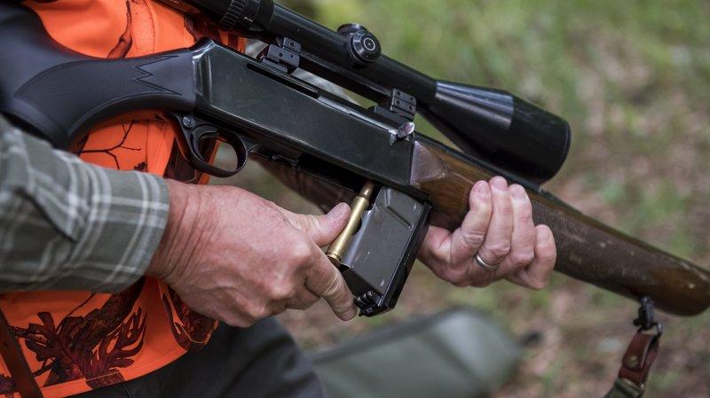Valais: la formation des chasseurs remise en cause