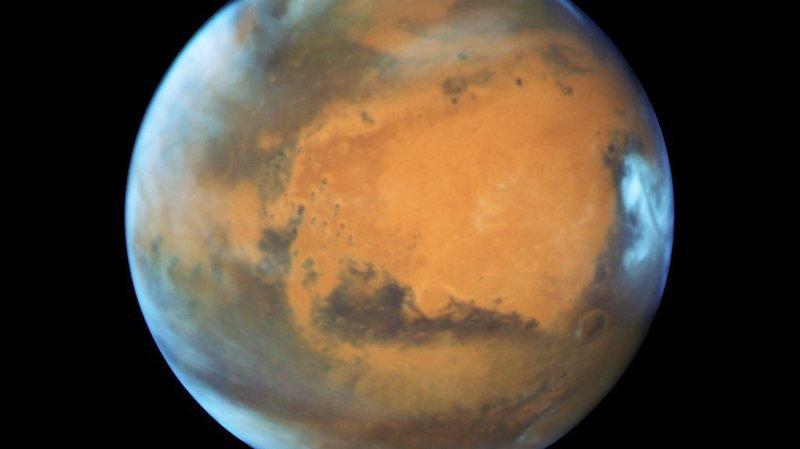 Espace: la nuit, des tempêtes de neige s'abattent sur Mars