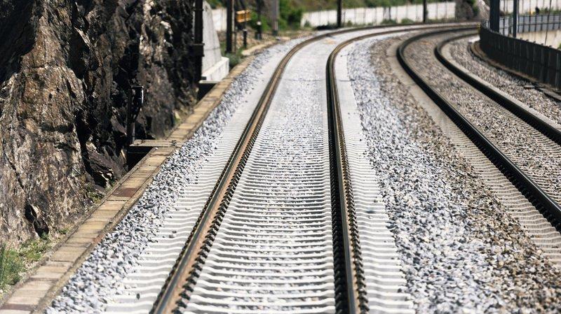 Kandergrund (BE): trafic interrompu au Lötschberg, deux blessés gisaient près des rails de train