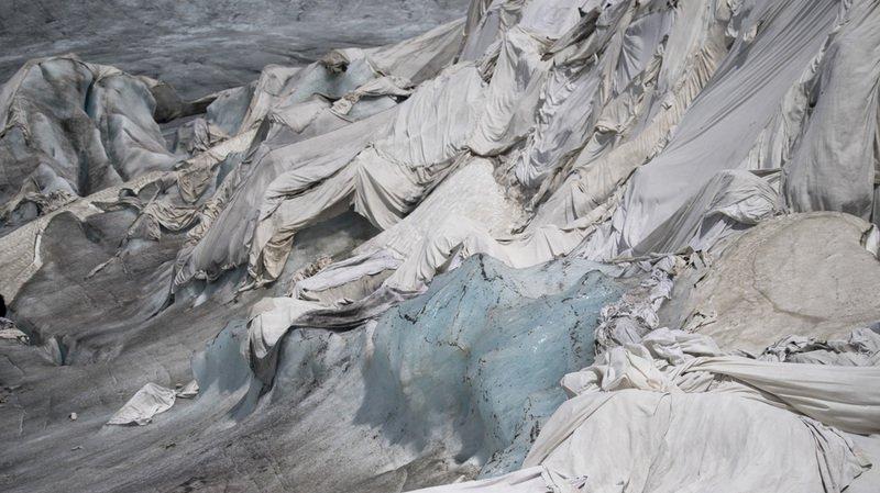 Débit des fleuves réduit, nappes phréatiques asséchées, polluants libérés, la fonte des glaciers pas assez étudiée