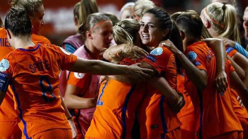 Euro féminin de football: à la maison, les Pays-Bas affronteront le Danemark en finale