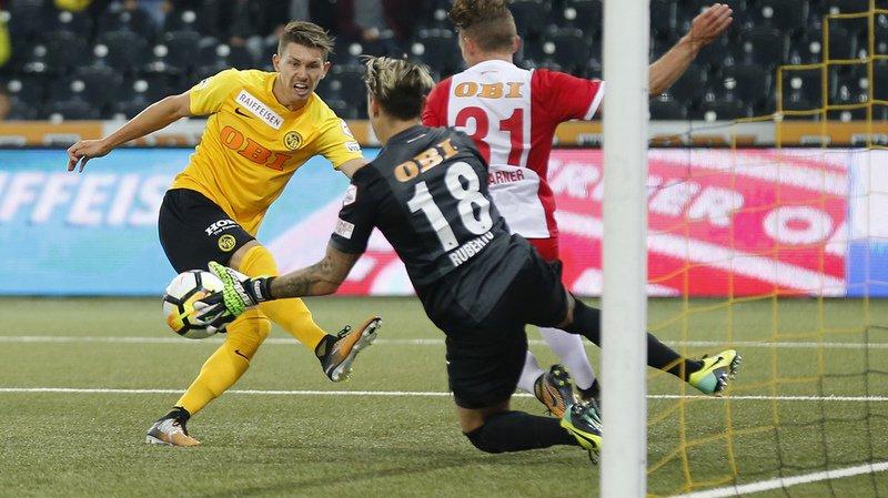 Les leaders de Super League ont été giflés chez eux dans le derby bernois par Thoune (4-0), lors d'une 4e journée de Super League qui n'a pas plus souri au Lausanne-Sport que les trois précédentes.