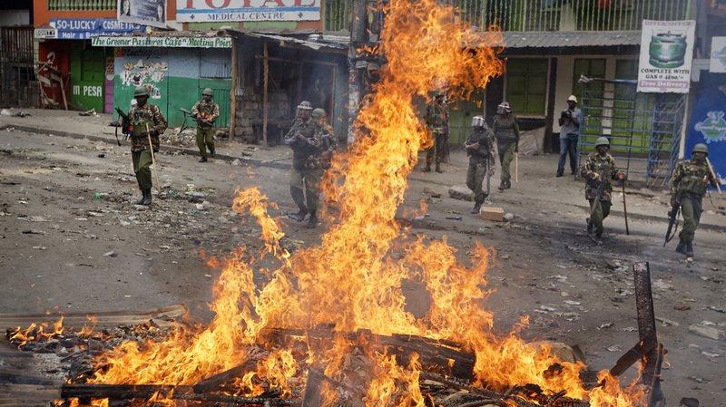 Selon un décompte de l'AFP, la répression des émeutes ayant éclaté vendredi soir a fait au moins 11 morts.