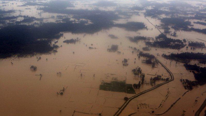 Mousson: les inondations en Inde, au Népal et au Bangladesh font au moins 750 morts