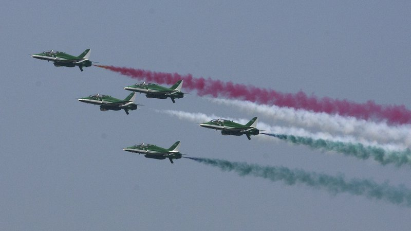 Show de l'armée de l'air pakistanaise au-dessus d'Islamabad.