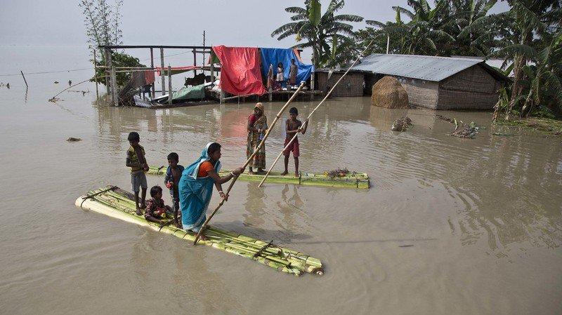 En Inde, les autorités ont fait état mardi de 81 personnes tuées à travers le pays, principalement dans ses parties est et nord-est.