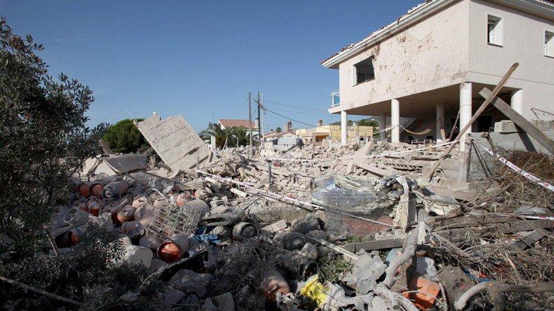 Attentats de Barcelone: 120 bouteilles de gaz ont été retrouvées dans la maison d'Alcanar