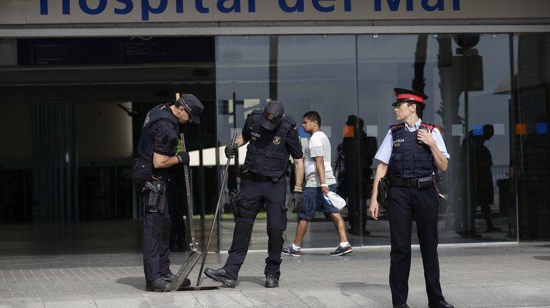 Barcelone: le chauffeur de la camionnette toujours recherché
