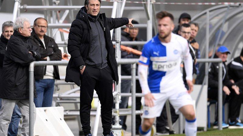 Football: Murat Yakin succède à Carlos Bernegger sur le banc de Grasshoppers