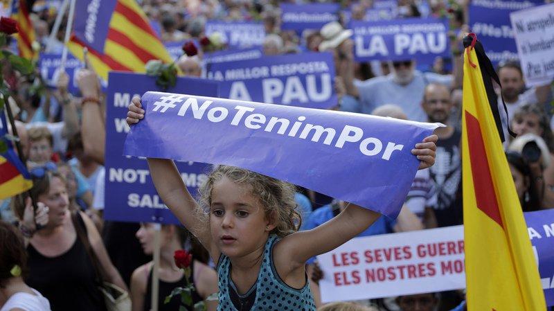 Barcelone: le roi d'Espagne participe à une manifestation en réaction aux attentats
