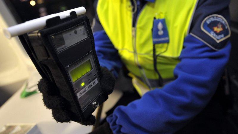 Lucerne: ivre et sans permis, il conduit jusqu'au poste de police