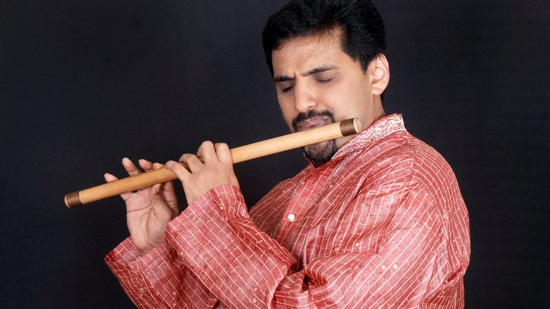 Quand la flûte indienne répond au piano