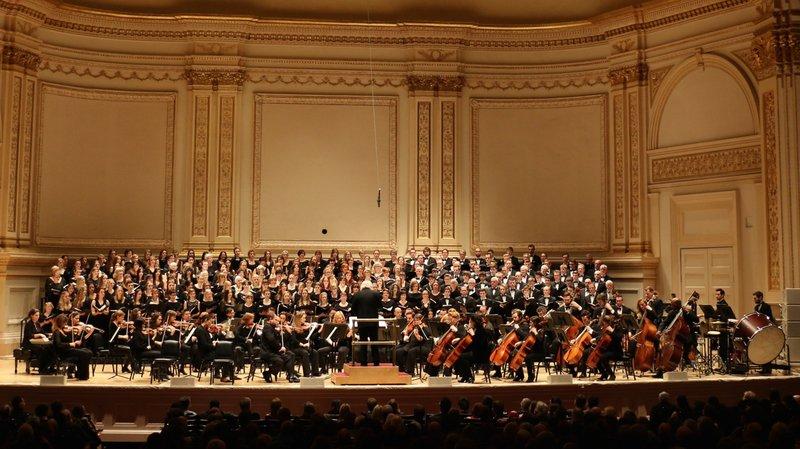 Deux ans après son mémorable concert au Carnegie Hall de New York (photo), la chorale Les Follatères va monter sur scène à la Belle Usine de Fully.