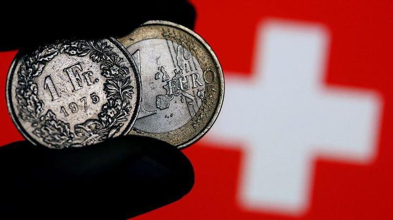 Lundi à 8h30, l'euro valait 1,1409 franc.
