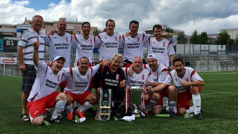 Le FC Grand Conseil valaisan est à nouveau champion suisse de football parlementaire.