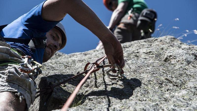 Le Valais veut traquer les guides et professeurs de ski non qualifiés