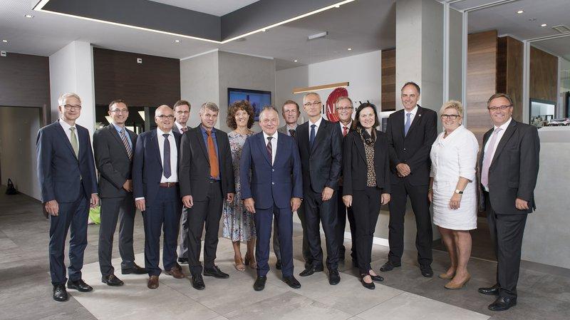 Les conseillers d'Etat valaisans et bernois lors de leur séance de travail à Martigny.