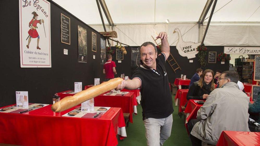 Christian Scalisi, patron du stand Le Cyrano, spécialiste du foie gras.