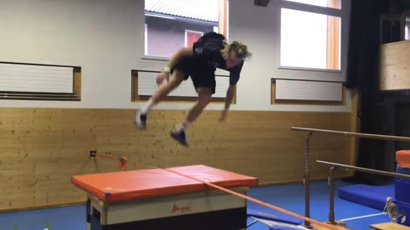 L'incroyable entrainement d'un skieur suisse
