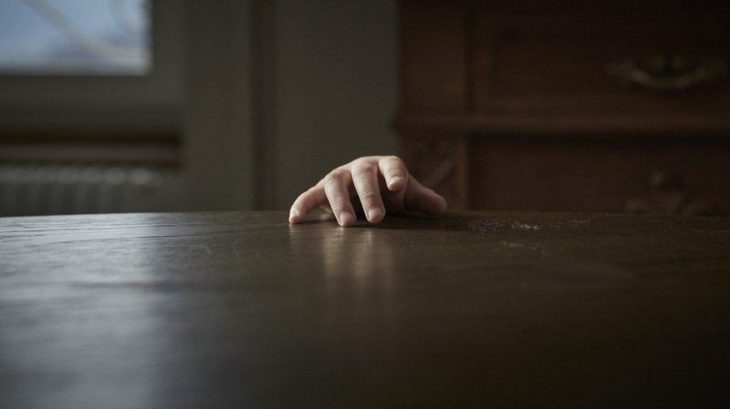 Argovie: 13 ans de prison pour avoir mortellement torturé un bébé de deux ans pendant des mois