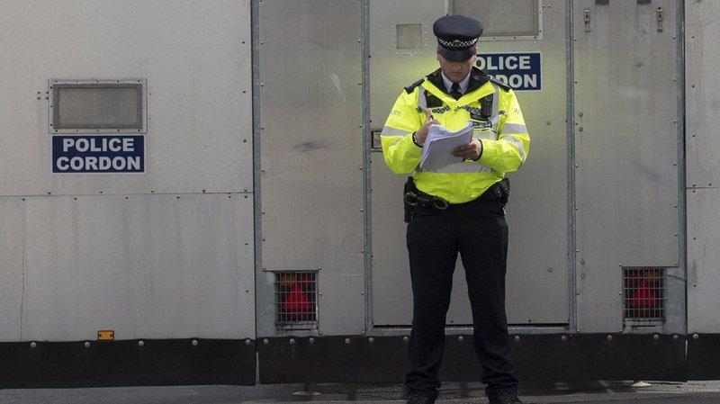 Attentat dans le métro de Londres: un homme de 18 ans inculpé de tentative de meurtre et d'utilisation d'explosifs