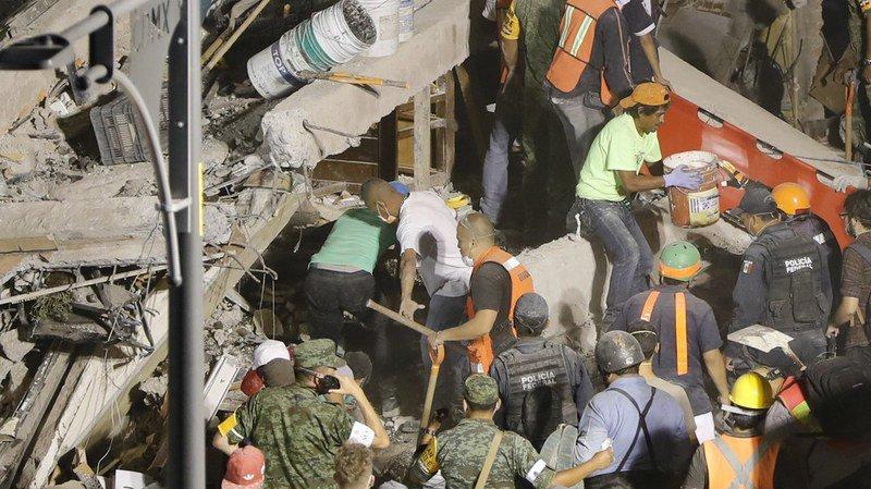 Mexique: un tremblement de terre de magnitude 7,1 fait au moins 225 morts