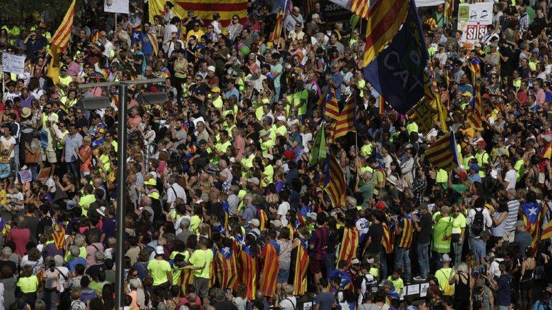 Madrid s'attaque à la logistique du référendum — Catalogne