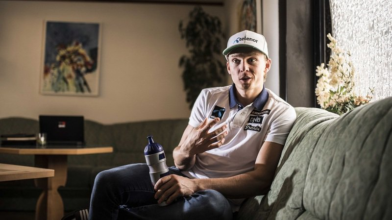 A un mois du coup d'envoi de la Coupe du monde à Sölden, le talent norvégien Henrik Kristoffersen s'entraîne à Saas-Fee.