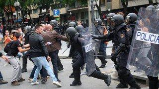 Référendum en Catalogne: heurts et affrontements