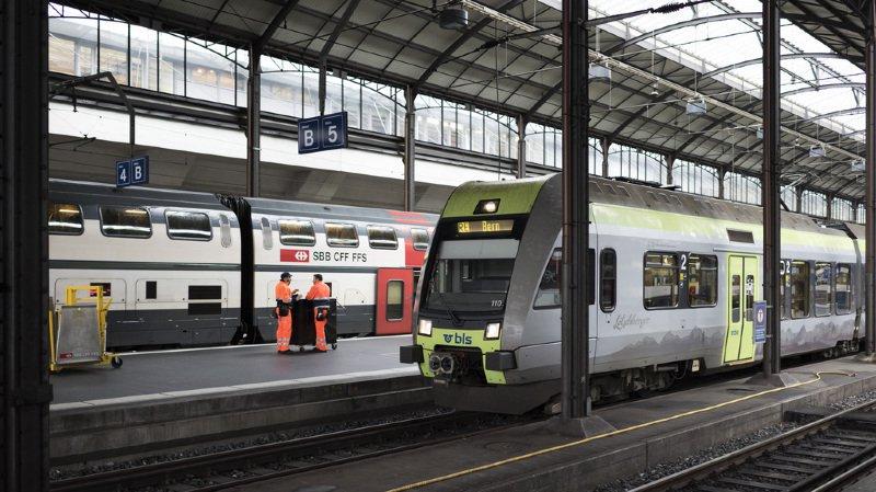 Transport ferroviaire: le trafic sur les grandes lignes restera aux mains des CFF durant 2 ans au moins