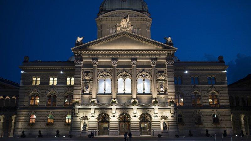 Finances: la Confédération prévoit un excédent de 800 millions