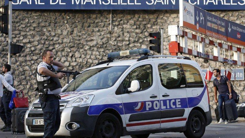 L'homme a tué deux jeunes femmes devant la gare Saint-Charles de Marseille.