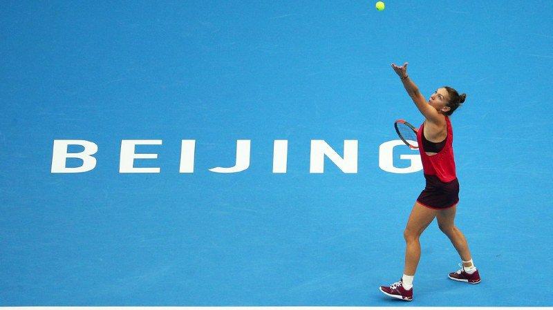 8es de finale du tournoi WTA de Pékin: Simona Halep bat pour la première fois Maria Sharapova