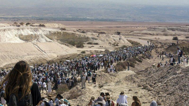 Des femmes israéliennes et palestiniennes unies dans une marche pour la paix