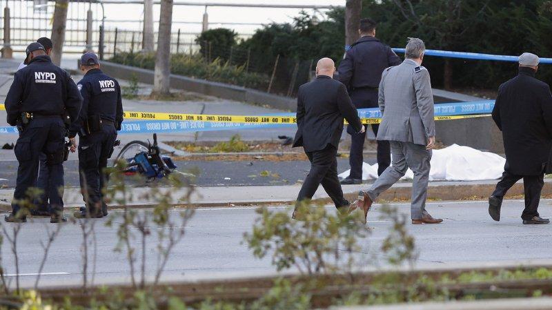 Attaque terroriste à New York: un véhicule percute des personnes sur une piste cyclable, huit morts