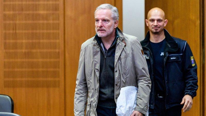 """Deux ans de prison avec sursis requis contre """"l'espion suisse"""""""