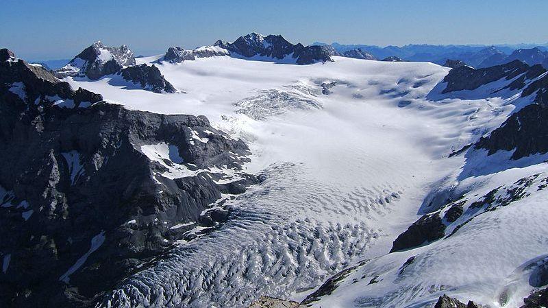Même le plus grand glacier du bassin versant du lac des Quatre cantons, le Hüfifirn dans le val Maderan, aura fondu à 90% en 2090.