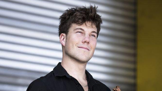 Le violoniste Anthony Fournier reçoit le Prix culturel de la ville de Sion
