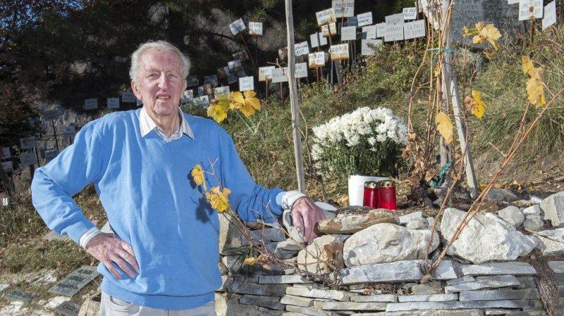 Les Amis de Farinet confient la gestion de la célèbre vigne à des vignerons-encaveurs de Saillon