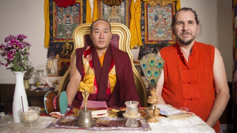 site de rencontre bouddhiste qui est Robert Pattinson datant 2014