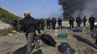 France: les policiers abuseraient de leurs pouvoirs contre les migrants de Calais