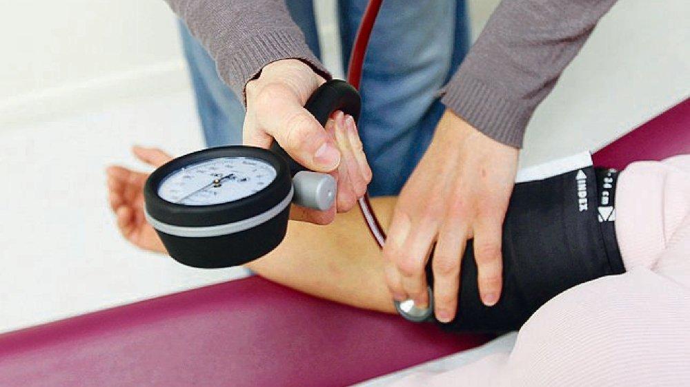 Les médecins gagnant un million par an sont rares en Valais.