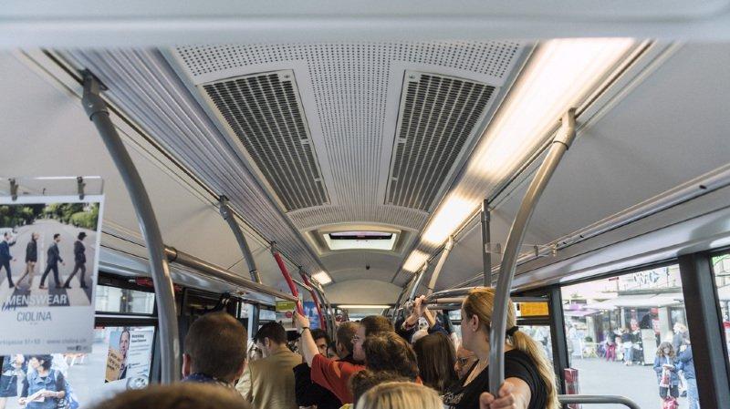 Le projet pilote a pour objectif de réduire la fréquentation des trains, bus et trams à l'heure de pointe du matin. (illustration)