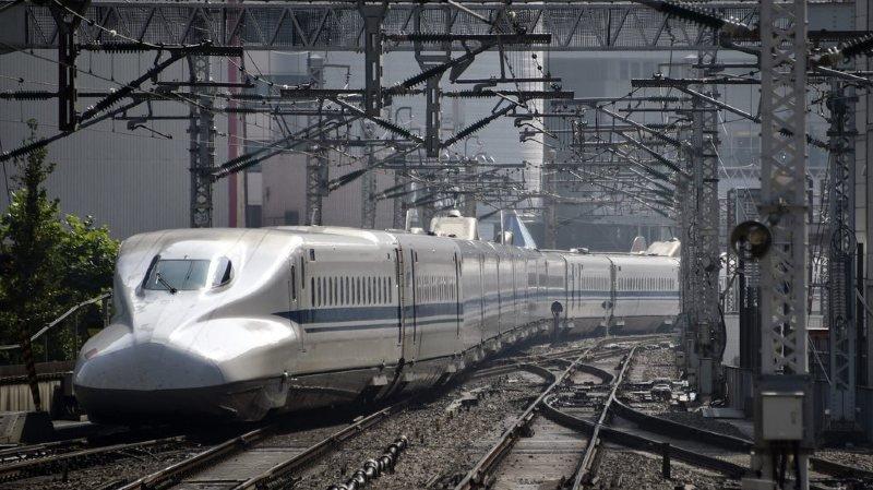 Japon: une compagnie ferroviaire présente ses excuses pour un train parti avec 20 secondes d'avance