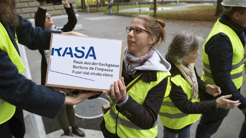 """Immigration: l'initiative """"Rasa: sortons de l'impasse"""" ne sera pas soumise au peuple suisse"""