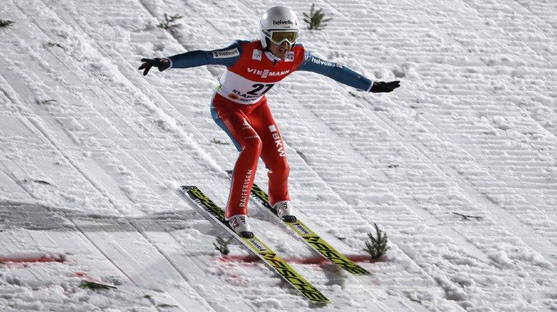 Saut à ski: la Suisse 7e à Kuusamo grâce à une belle performance de Simon Ammann