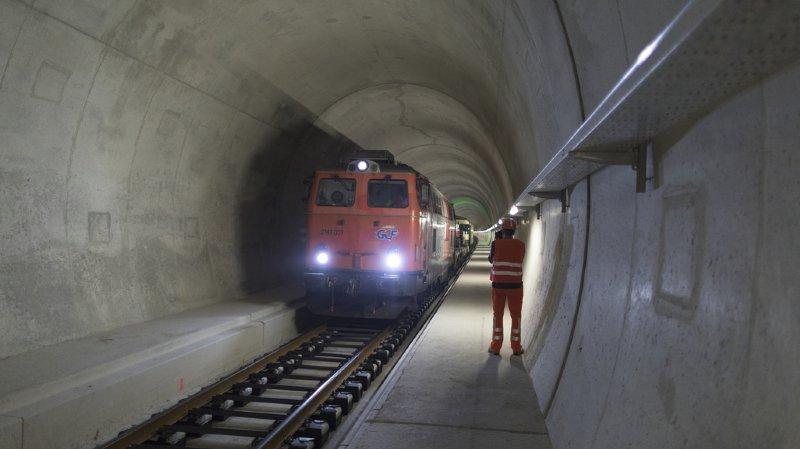Le tunnel de base du Gothard reste ouvert à la circulation.