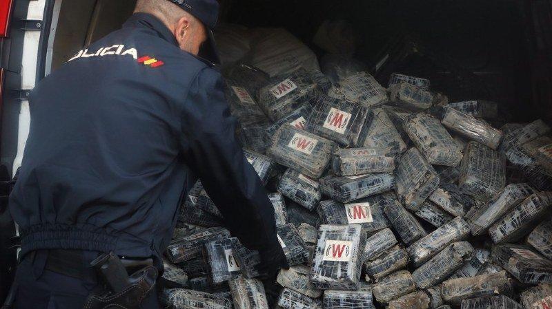 Drogues: 4 tonnes de cocaïne saisies en Espagne et au Maroc
