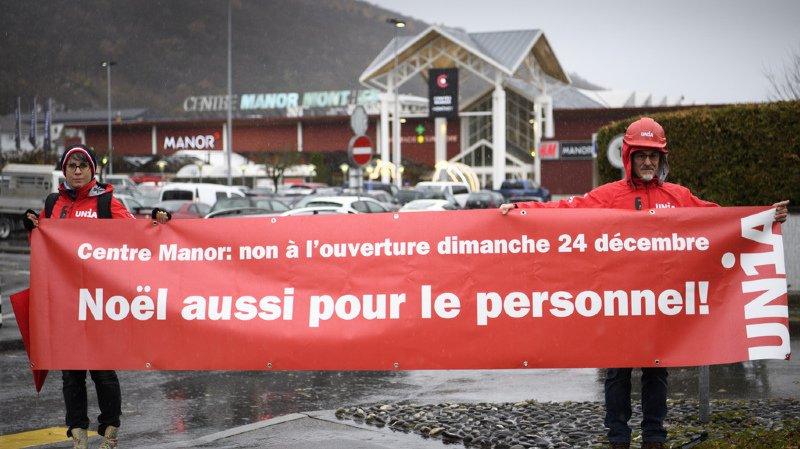 Monthey: Unia manifeste contre l'ouverture de Manor le 24 décembre
