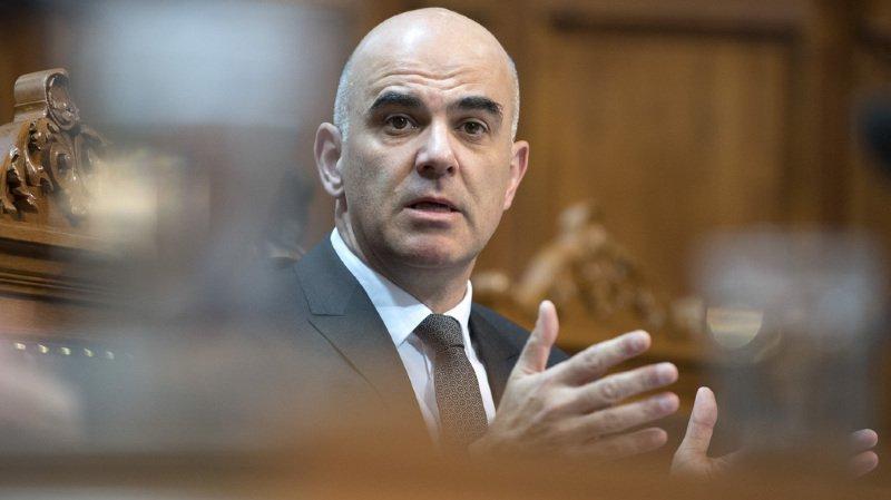 Alain Berset réformera d'abord l'AVS: il présentera les éléments-clés d'ici à février 2018
